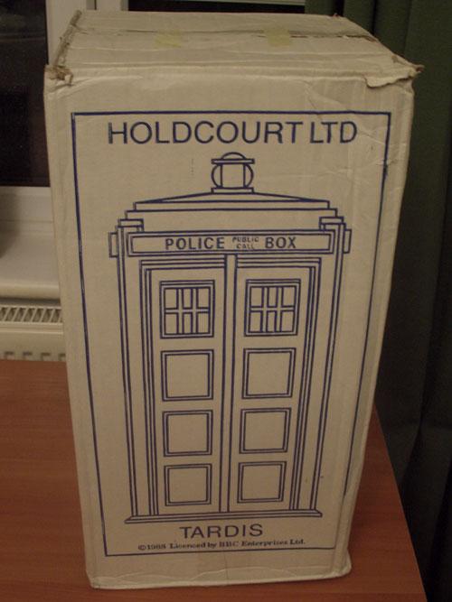 Holdcourt TARDIS box