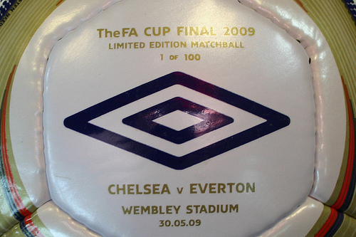 2009 FA Cup Final match ball