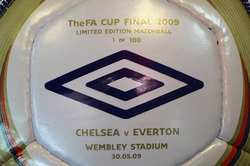 2009 FA Cup Final match ball