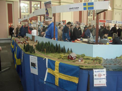 A Swedish track layout on one stall