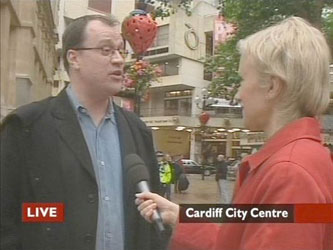Russel T. Davies in Cardiff shooting Rose