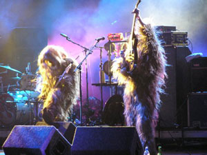 Super Furry Animals in Yeti mode