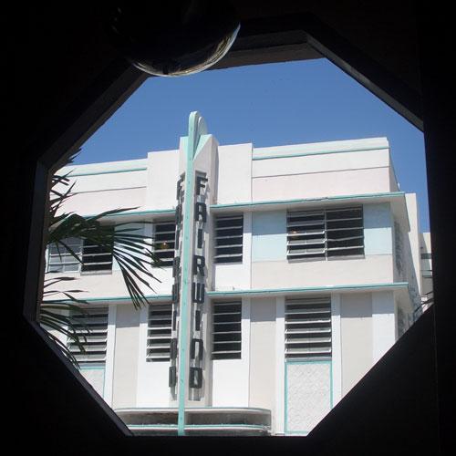 Octagonal porthole