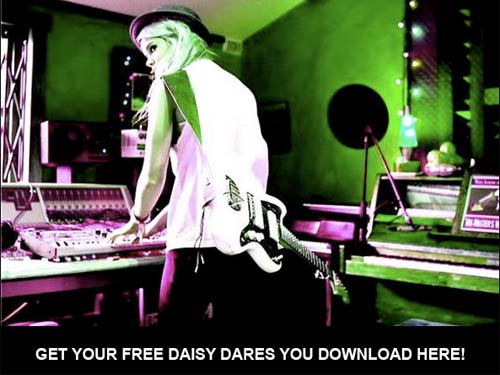 20090624 Daisy Dares You