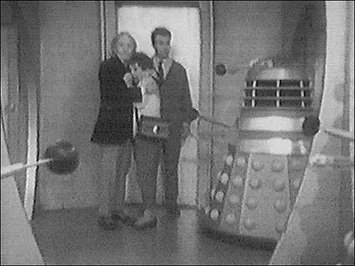 William Hartnell faces the Daleks